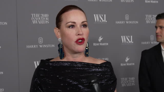 molly ringwald talks about what it means to be an innovator at the wsj. magazine 2019 innovator awards at moma on november 06, 2019 in new york city. - molly ringwald stock videos & royalty-free footage