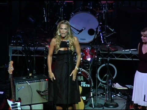 molly sims and cheryl wilson of covergirl talk abotu covergirl's donation at the 3rd annual 'night with the friends of el faro' benefit hosted by... - molly sims stock videos & royalty-free footage