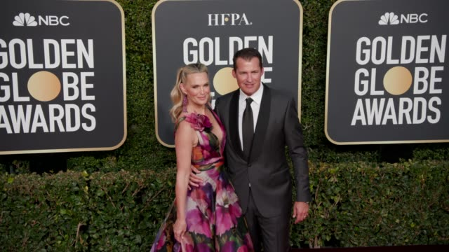 molly sims and scott stuber at the 76th annual golden globe awards at the beverly hilton hotel on january 06, 2019 in beverly hills, california -... - モリー・シムズ点の映像素材/bロール