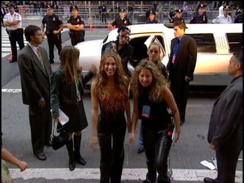 molly sims arrives to the 2000 video music awards at radio city music hall - radio city music hall stock videos and b-roll footage