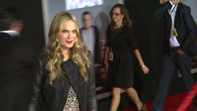 molly sims at delivery man los angeles premiere in hollywood ca on 11/3/2013 - molly sims stock videos & royalty-free footage
