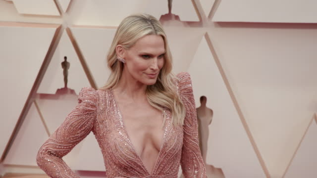slomo molly sims at dolby theatre on february 09 2020 in hollywood california - molly sims stock videos & royalty-free footage