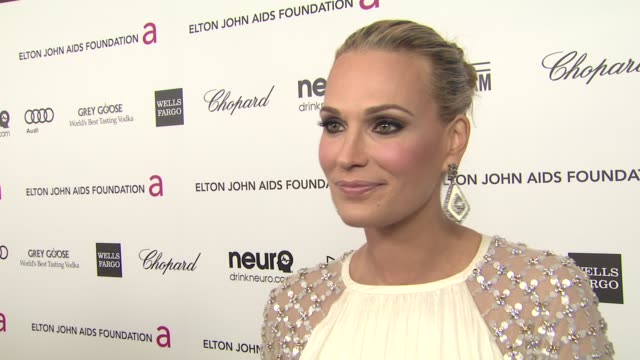 interview molly sims at elton john aids foundation presents 21st annual academy awards viewing party sponsored by chopard neuro drinks and wells... - molly sims stock videos & royalty-free footage