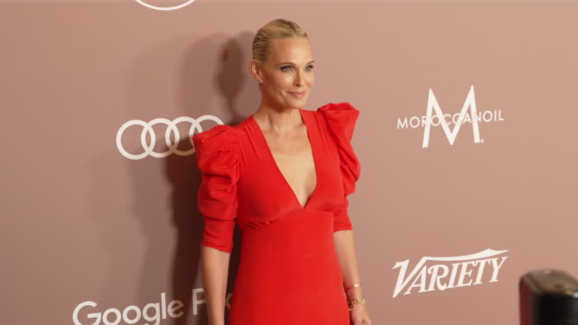 molly sims at the variety's 2019 power of women: los angeles at the beverly wilshire four seasons hotel on october 11, 2019 in beverly hills,... - モリー・シムズ点の映像素材/bロール