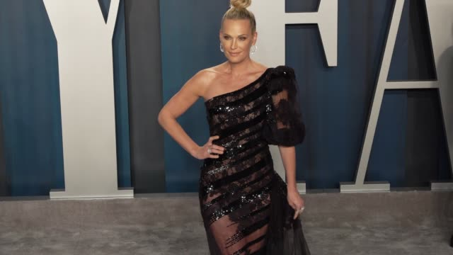 molly sims at vanity fair oscar party at wallis annenberg center for the performing arts on february 9 2020 in beverly hills california - vanity fair video stock e b–roll