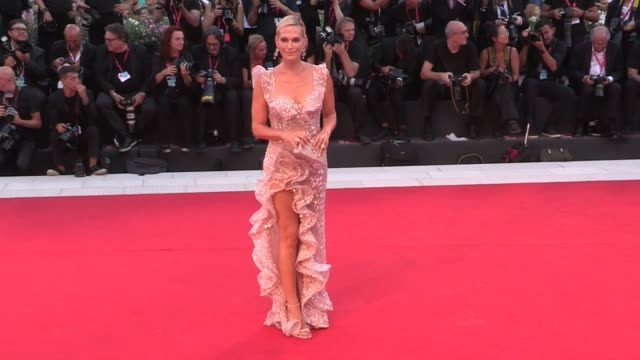 molly sims on the red carpet for joker during the 76th venice film festival venice italy on saturday august 31 2019 - molly sims stock videos & royalty-free footage