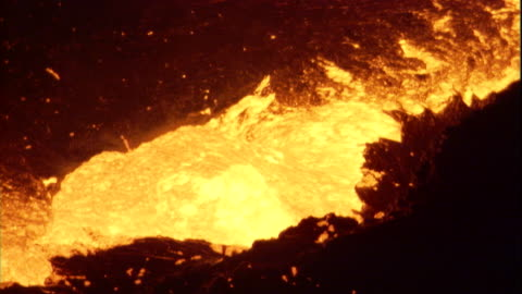 molten lava bubbles in the erta ale volcano on the danakil depression of ethiopia. available in hd. - lava stock videos & royalty-free footage