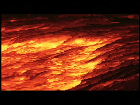 cu molten lava - 溶岩点の映像素材/bロール