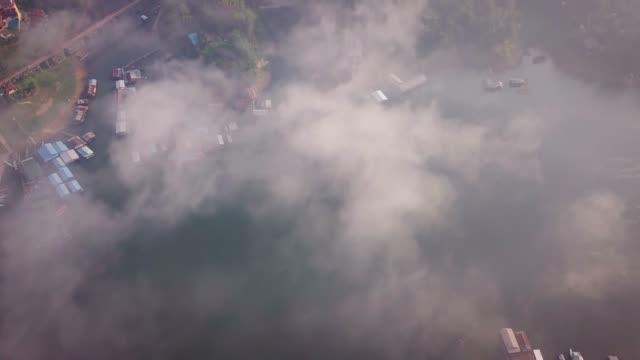 4k: mon wood bridge at sangklaburi, kanchanaburi, thailand. - collapsing stock videos & royalty-free footage