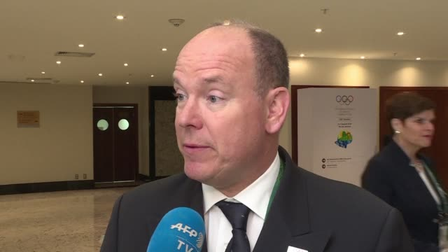 vídeos de stock, filmes e b-roll de monaco's prince albert says the ioc made the right decision after it backed committee president thomas bach's choice not to issue a full ban on... - rio russian