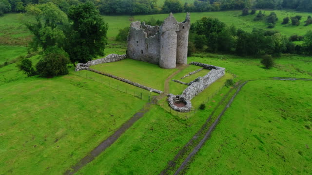 monea castle ruins, northern ireland, united kingdom - old ruin stock videos & royalty-free footage