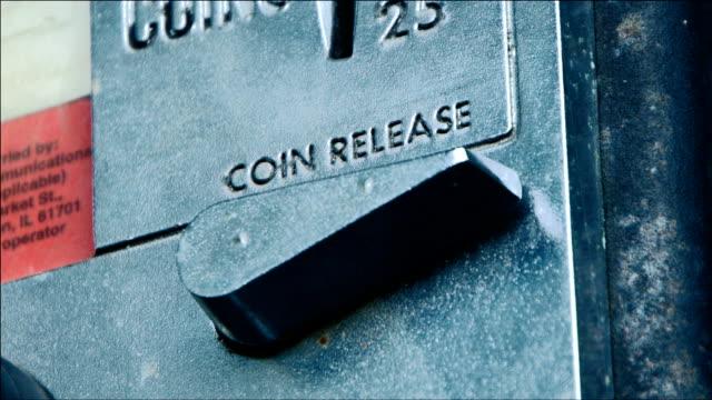 マネーのバック - 金銭に関係ある物点の映像素材/bロール