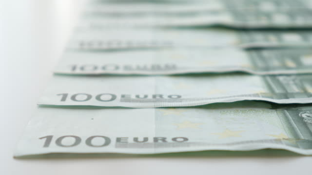 geld euro banknote für business-konzept, 4 k-auflösung (uhd - geld verdienen stock-videos und b-roll-filmmaterial