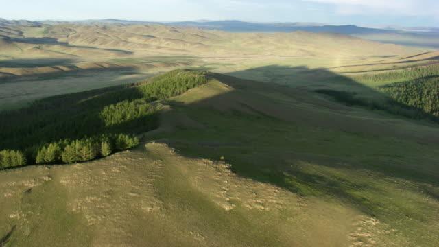 mongolia : mountains - mongolei stock-videos und b-roll-filmmaterial