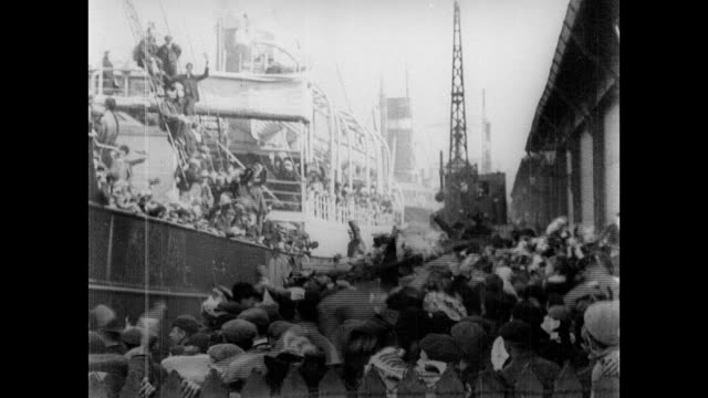 1906 s.s. mongolian leaving liverpool for canada - anno 1906 video stock e b–roll