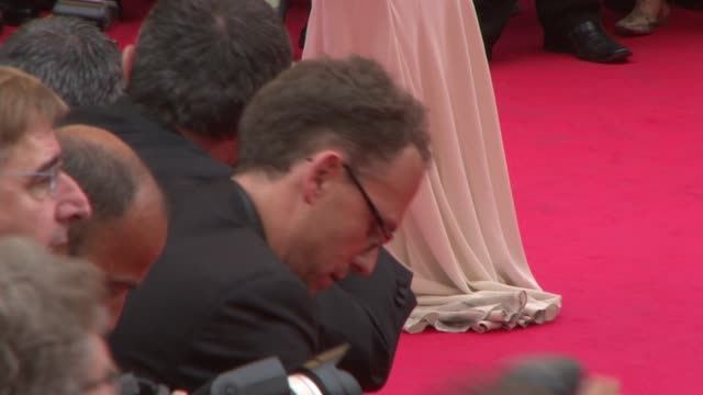 """monica bellucci at the cannes arrivals for """"le silence de lorna"""" in cannes on may 19, 2008. - cannes stock videos & royalty-free footage"""
