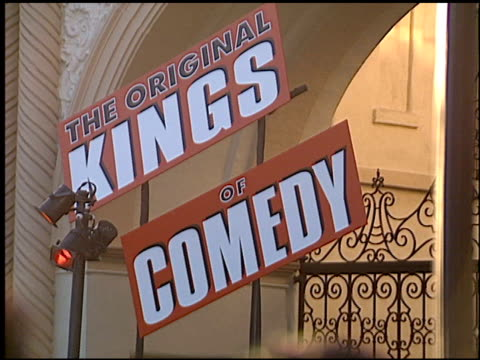 mo'nique at the premiere of 'the original kings of comedy' at paramount studios in hollywood california on august 10 2000 - paramount studios stock videos & royalty-free footage
