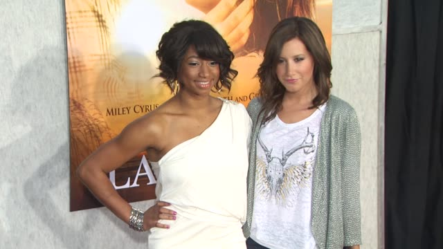 monique coleman, ashley tisdale at the 'the last song' premiere at hollywood ca. - monique coleman stock videos & royalty-free footage