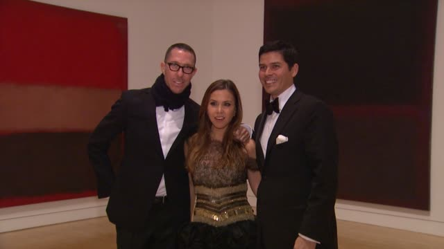 monique lhuillier at the the museum of contemporary art los angeles presents the annual moca gala at los angeles ca - los angeles museum of contemporary art stock videos and b-roll footage