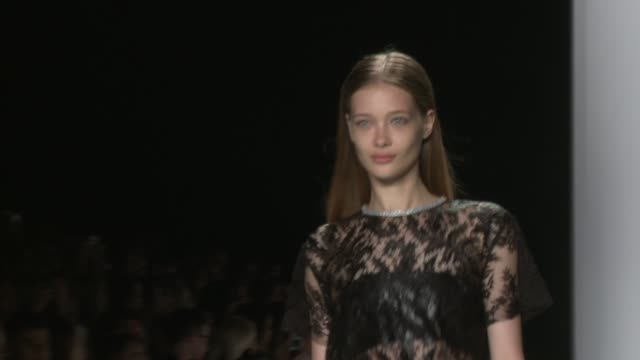 monique lhuillier - runway - spring 2015 mercedes-benz fashion week at the theatre at lincoln center on september 05, 2014 in new york city. - mercedes benz fashion week stock videos & royalty-free footage