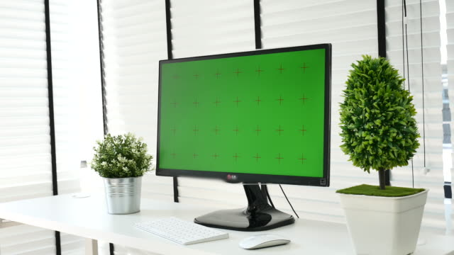 monitor display your message with green screen bs id de, chroma key - wide screen stock videos and b-roll footage
