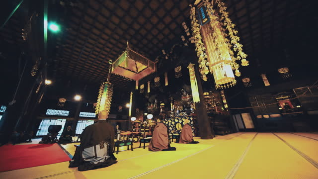 ds monks praying in a temple - kyoto temple stock videos and b-roll footage