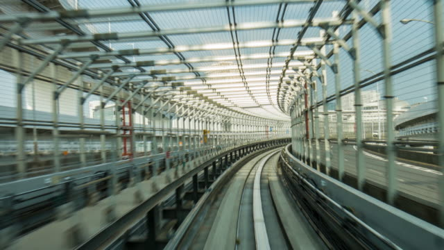 einschienenbahn in tokio - einschienenbahn stock-videos und b-roll-filmmaterial