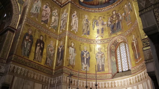 monreale cathedral, interior, the decorated apse with the mosaics , palermo, sicily. - apse stock videos & royalty-free footage