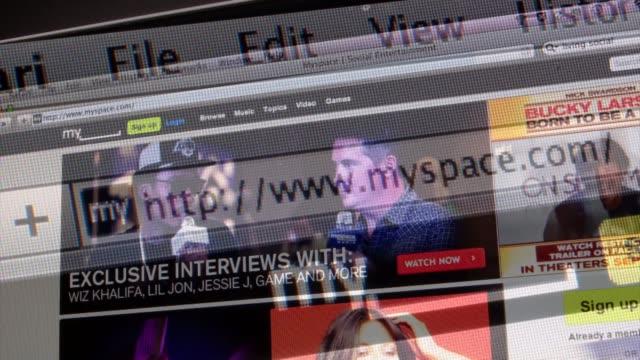 montage of moving still photos of social media website myspace myspace on august 31, 2011 in new york, new york - redigerat segment bildbanksvideor och videomaterial från bakom kulisserna