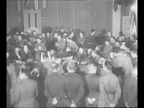 vidéos et rushes de montage soviet marshal georgy zhukov presides over the signing of the german instrument of surrender at soviet war headquarters in berlin during... - armée rouge