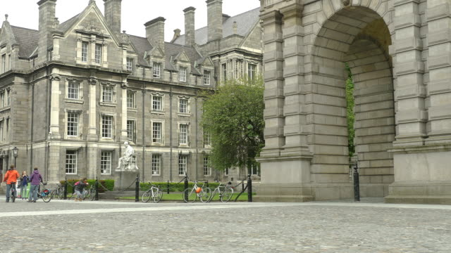 montage: trinity college dublin ireland - trinity college cambridge university stock videos & royalty-free footage