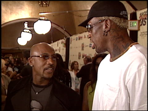 vidéos et rushes de montel williams at the race to erase at the century plaza hotel in century city, california on may 14, 2004. - race to erase ms