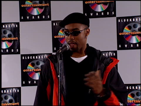 montell jordan at the blockbuster entertainment awards at pantages theater in hollywood, california on june 3, 1995. - pantages theater stock videos & royalty-free footage