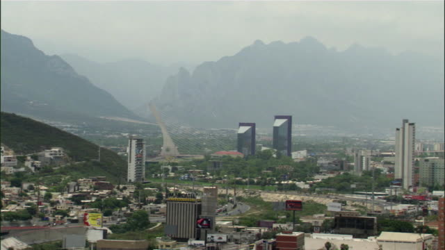 ws pan monterrey city with smog and mountains / monterrey, nuevo leon, mexico - physical geography stock videos & royalty-free footage