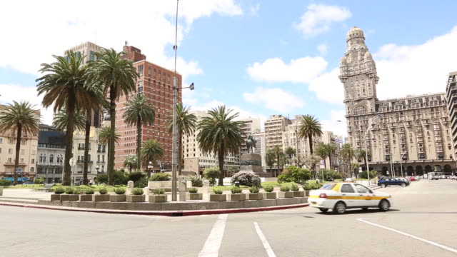 montevideo, uruguay - uruguay stock-videos und b-roll-filmmaterial