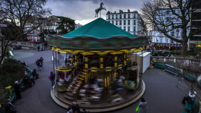 montmartre carousel - time lapse - roundabout stock videos & royalty-free footage