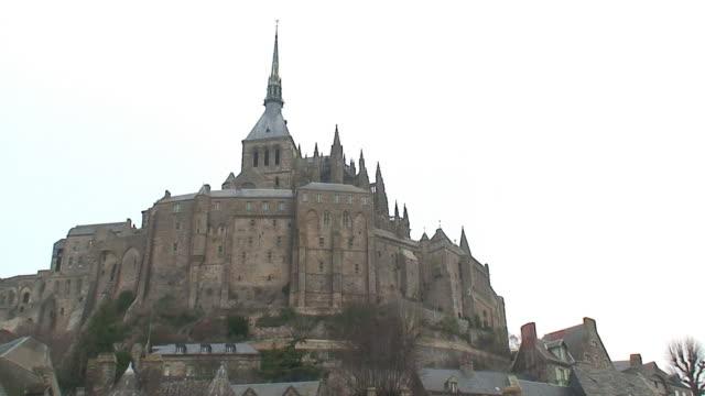 モンサンミシェル(フランス) - 天使ミカエル点の映像素材/bロール