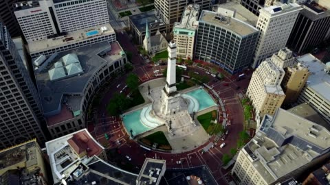 monument circle - downtown indianapolis - indiana stock videos & royalty-free footage