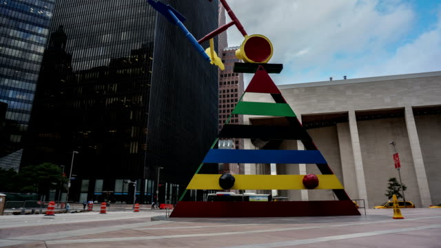 tl monument close to the chase tower / usa, houston - monument stock videos & royalty-free footage