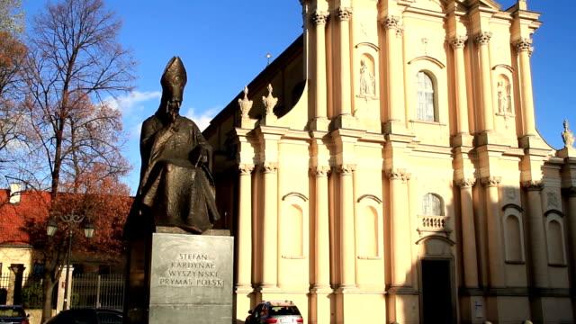 Denkmal für Cardinal Stefan Wyszynski, Krakowskie Przedmieście Street, Warschau