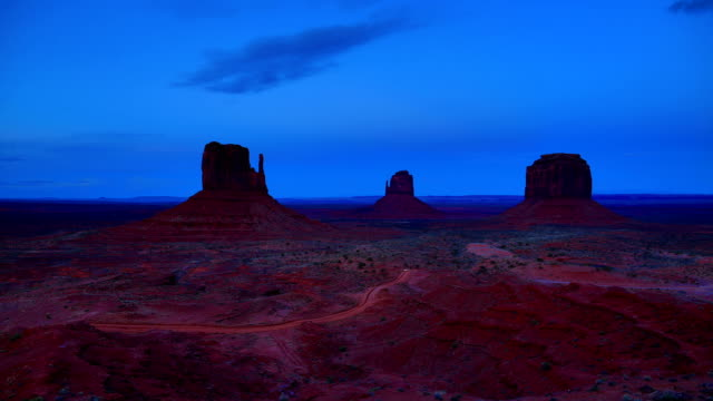 monument valley, ut-az - monument valley stock videos & royalty-free footage