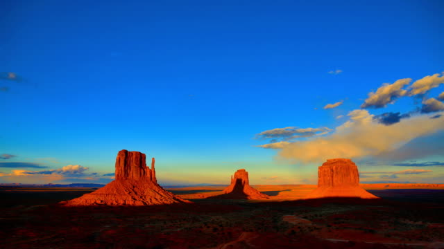 monument valley - desert stock videos & royalty-free footage