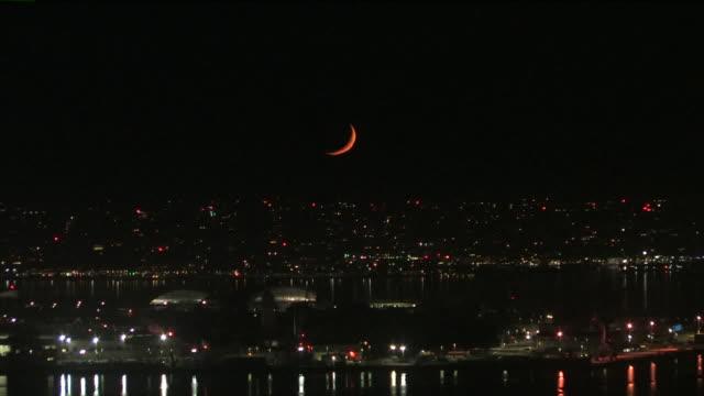 vídeos de stock, filmes e b-roll de moon in waxing crescent phase. - espaço e astronomia