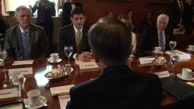 Moon Jaein visits Capitol Hill for meetings with US lawmakers He is seen from behind during photo op with leaders of the House of Representatives and...