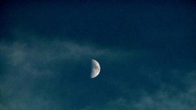 Moon, timelapse