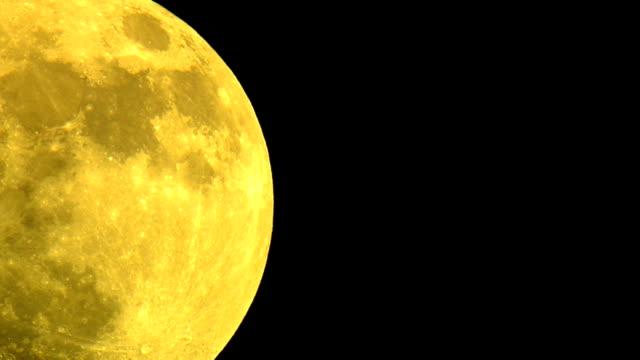moon. - ebbe stock-videos und b-roll-filmmaterial