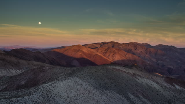 moonrise over death valley - time lapse - mountain range stock videos & royalty-free footage