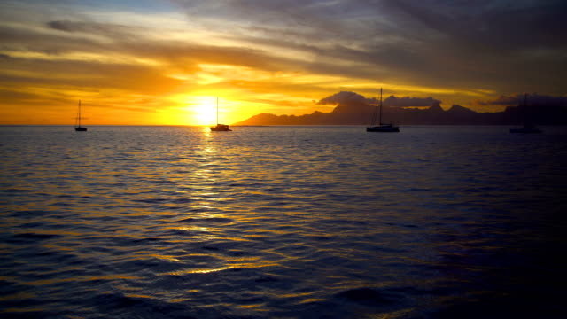 moorea island from tahiti at sunset south pacific - polynesian ethnicity stock videos & royalty-free footage