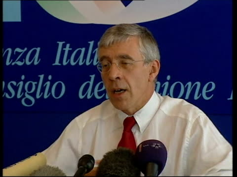 lake garda jack straw mp press conference sot - jack straw stock videos and b-roll footage