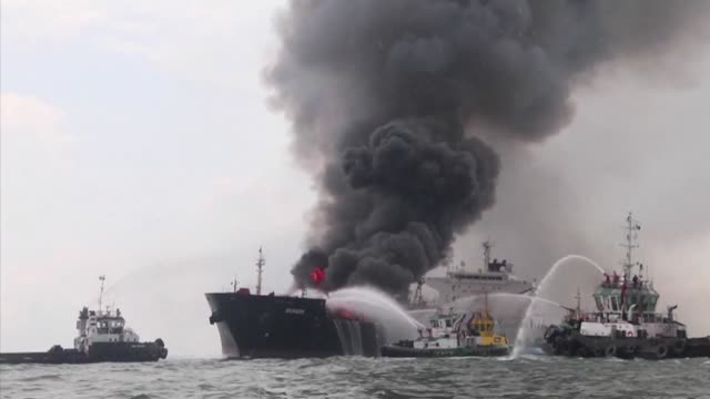 more than 150,000 barrels of oil belonging to mexicos pemex catch fire on a boat with 31 passengers in the gulf of mexico - gulf of mexico stock videos & royalty-free footage